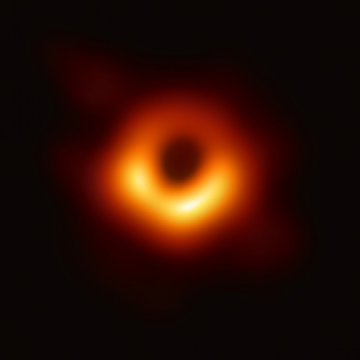 https://commons.wikimedia.org/wiki/File:Black_hole_-_Messier_87_crop_max_res.jpg